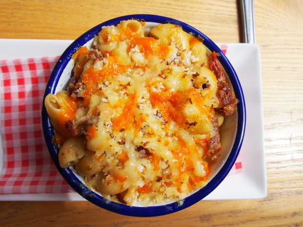 Meat and Barrel Mac and Cheese