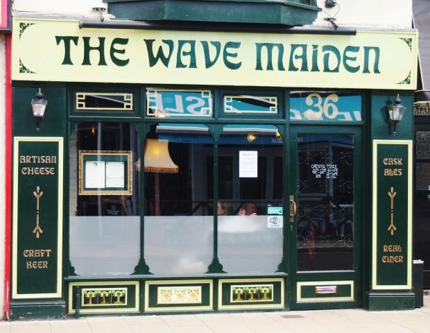Wave Maiden Exterior