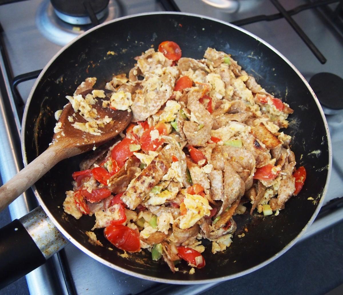 Mexican Scrambled Eggs Final Pan